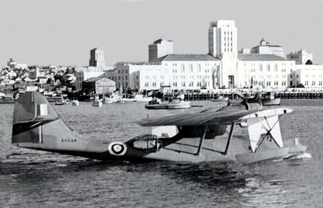 RAAF_Consolidated_Catalina_AH534_PBY_5_Black_Cat_taxiing_in_trials_San_Diego_CA_41_sized